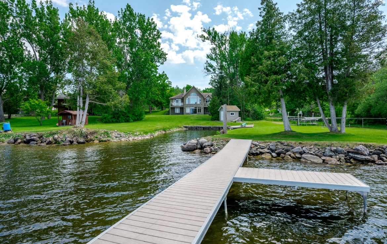 10 Earl Kennedy Road, Kawartha Lakes, ON